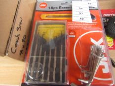 Jak - 15 Piece Essential Tool Set - New & Packaged.