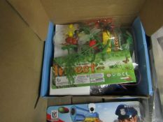 Anpro Kids Bug Catching Set. New & Boxed