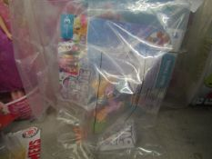 2 x My Little Pony Figures. Packaging is damaged so have been rebagged. See Image