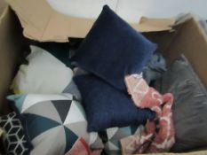 | 1X | PALLET OF MADE.COM TEXTILES, TYPICALLY INCLUDES CURTAINS, CUSHIONS, MATS, THROWSALTHOUGH NONE
