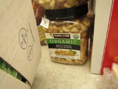 Kirkland - Organic Whole Cashews (Unroasted & Unsalted) 1.13Kg - BB - 03/21 - Sealed.
