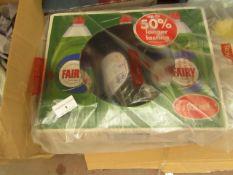 Box of 6x Fairy - Original Dish Soap 900ml - Sealed & Boxed.