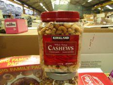 Kirkland - Whole Fancy Cashews (Roasted & Salted) 1.13Kg - BB 15/21 - Sealed.
