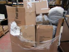 | 1X | PALLET OF SALVAGE APPROX 30 - 35 ITEMS BEING, NUTRIBULLETS, SOUP CHEFS, PRESSURE COOKERS,