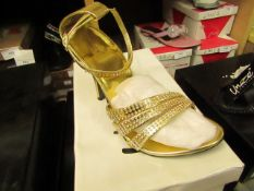 1 x pair of Unize by Shalimar Shoes size 4 new & boxed see image for design