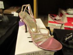 1 x pair of Unize by Shalimar Shoes size 6 new & boxed see image for design