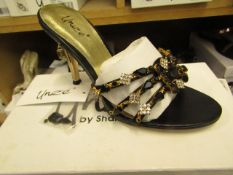 9 x pairs of Unize Shoes by Shalimar various sizes being 3,5,6,7 new & boxed see image for design
