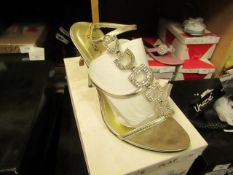 1 x pair of Unize by Shalimar Shoes size 8 new & boxed see image for design