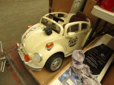 158 Velocity VW Beetle Retro Ride-On Car - NSF Light Damaged. - Item Tested Working.