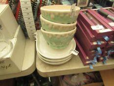 3x White & Blue Dessert Bowls - New. 3x Hen/Chicken Plates - New.