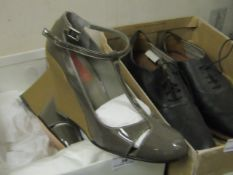 Ladies Michael Kors Hint Shoes, boxed. size 37.5