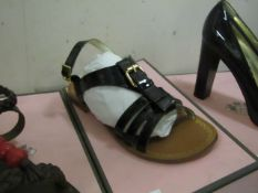Juice Coulture Sandals, Shop Sample size 8