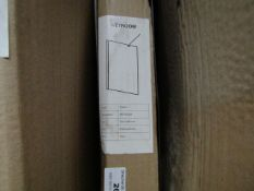 Wetroom 700 x 2000mm deflector, new and boxed. SD068