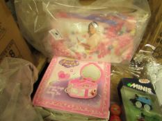 2 Items Being a Girls Jewelry Box & a Violetta Make up Bag. Both unused