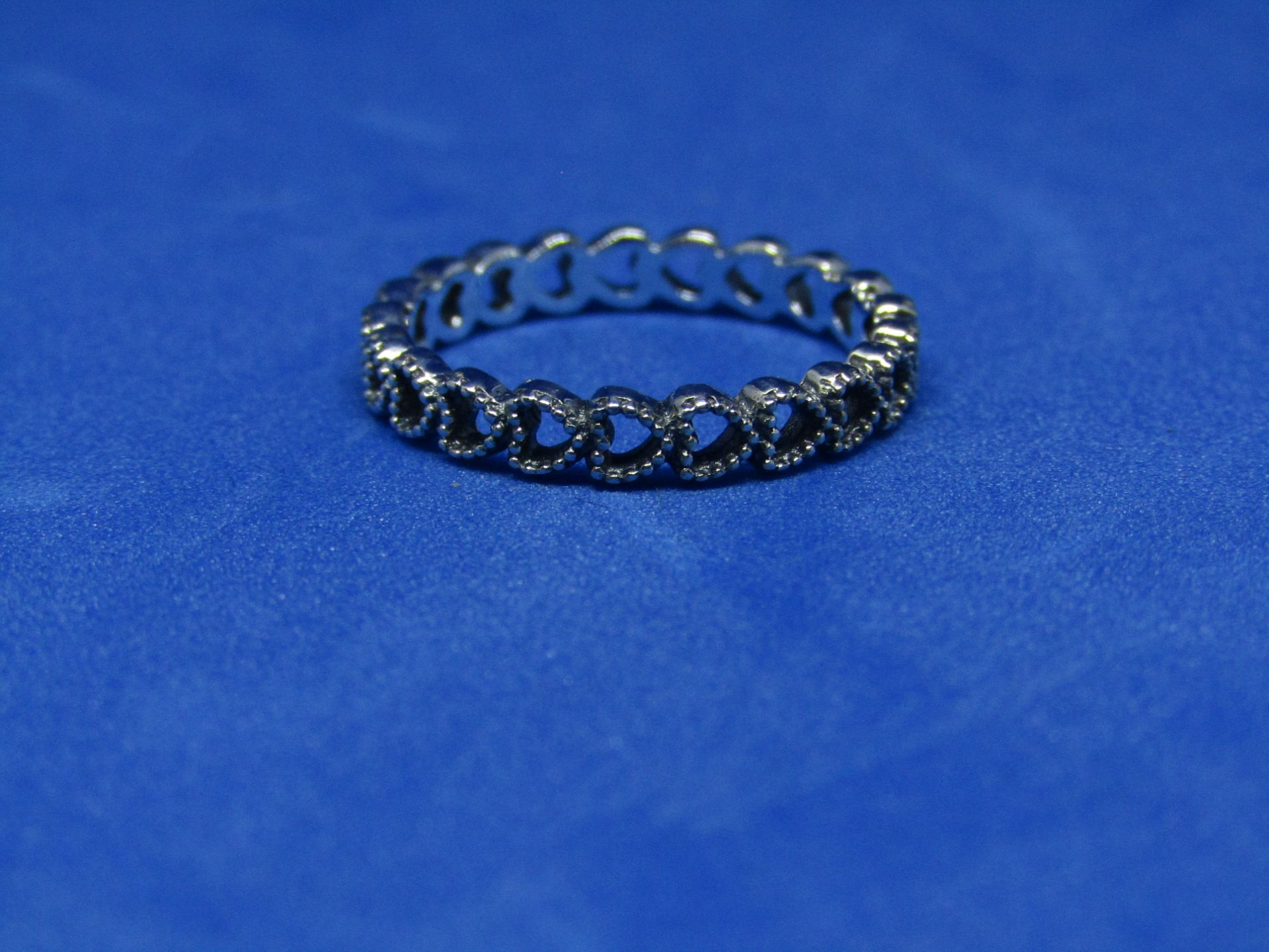 Pandora Ring size 52, new with presentation bag