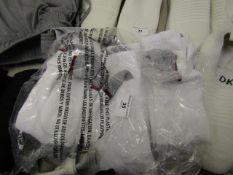 6 Pairs of Mens Sports Socks. Size 6 - 11. Unused