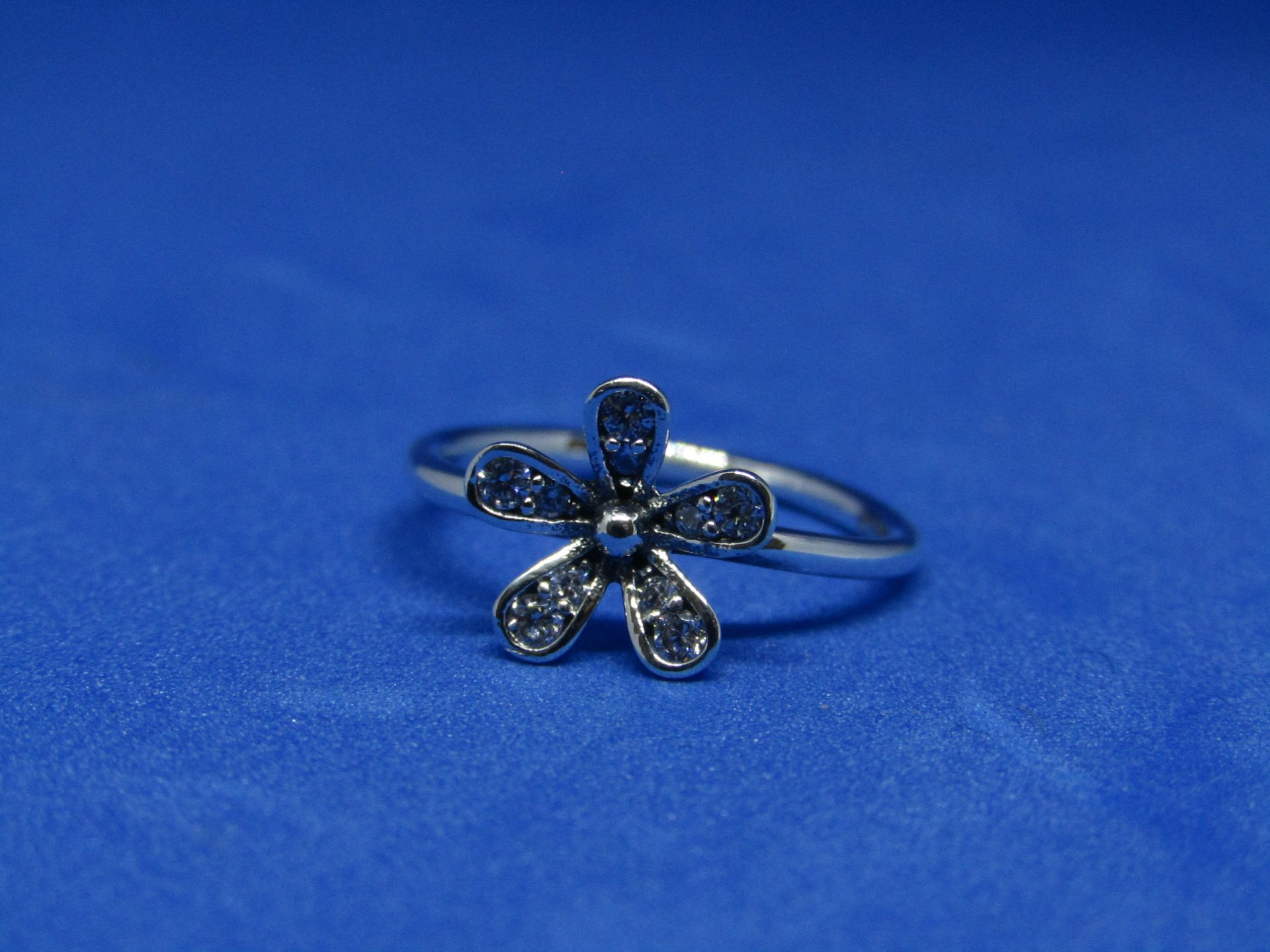 Pandora Ring size 50, new with presentation bag