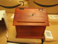 Wooden Trinket Box with Hinged Lid. New & Boxed