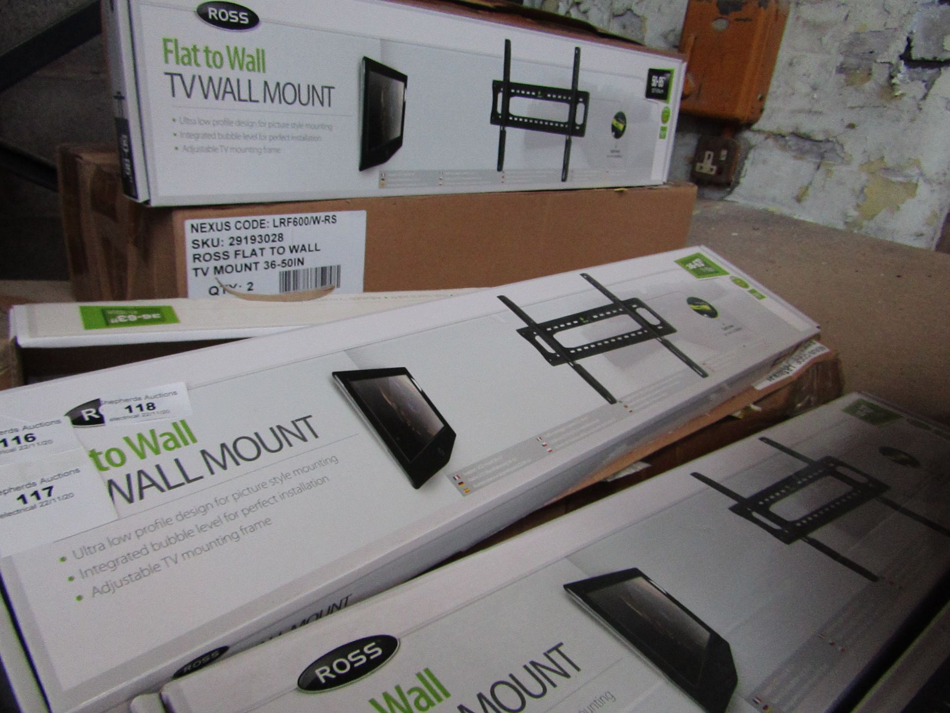 Ross - Flat To Wall Tv Mount - 91-160cm - unchecked & Boxed