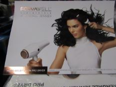 Formwell Beauty X Kendall Jenner - Hair Dryer - unchecked & Boxed