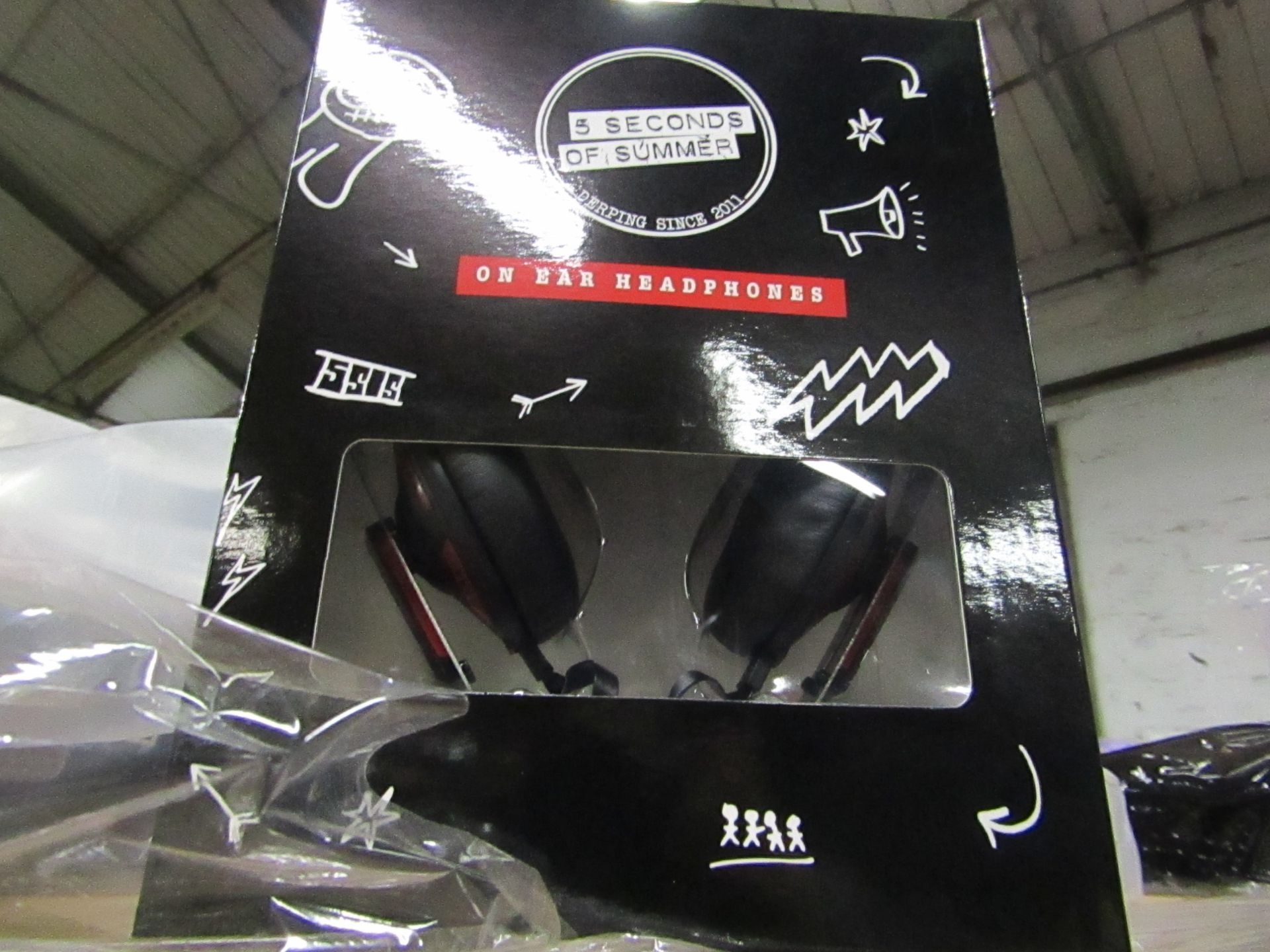 5 Seconds Of Summer Headphones - unchecked & Boxed
