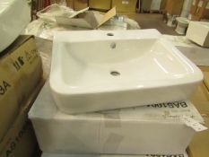 Victoria Plumb - Basin 550 - new & Boxed