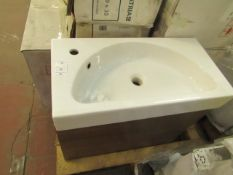 Hatria - Wall Mounted Base, Basin - 70x35 - new & Boxed