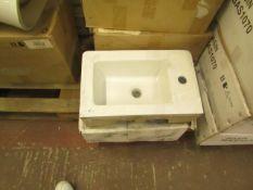 Victoria Plumb - Basin - 47cm Basin - new & Boxed