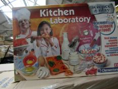 Clementoni - Science & Play Kitchen Laboratory - New & Packaged.