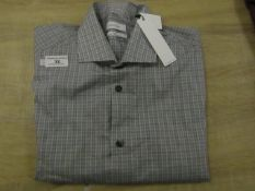 Calvin Klein Slim Fit long Sleeve men's Shirt Size Med Wrinkle Free, New with tags,(See Picture
