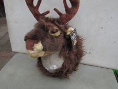 Snow White - Rockin' Reindeer Singing Wall Ornament - Untested, With Original Tags.