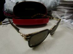 Elizabeth Arden Sunglasses ( Right Lense Needs Cleaning)