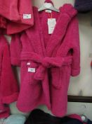 Girls Fleecy Dressing Gown Aged 2-3 yrs New With Tags