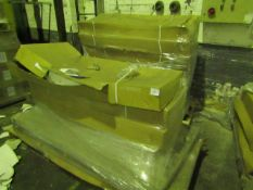 2x Pallets containing a total of approx Uni quad easy plumb kits, design may vary, unchecked and
