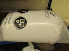   1X   KING SIZE 10.5 TOG DUVET   UNCHECKED IN DAMGED PACKAGING  