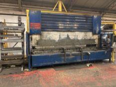 Edwards Pearson PR10 250/4100 press brake