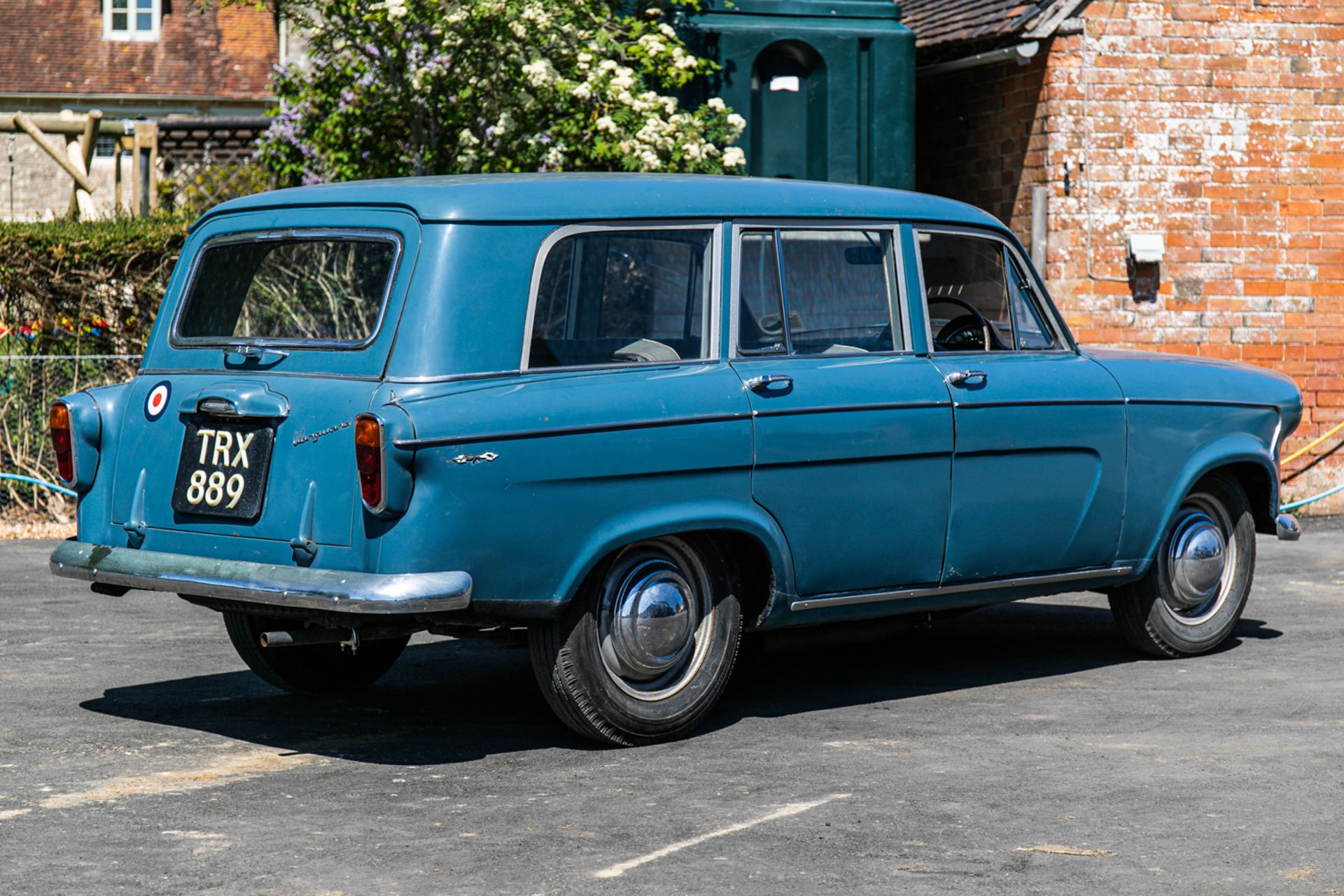 Lot 113 - 1959 Standard Vanguard Vignale Estate