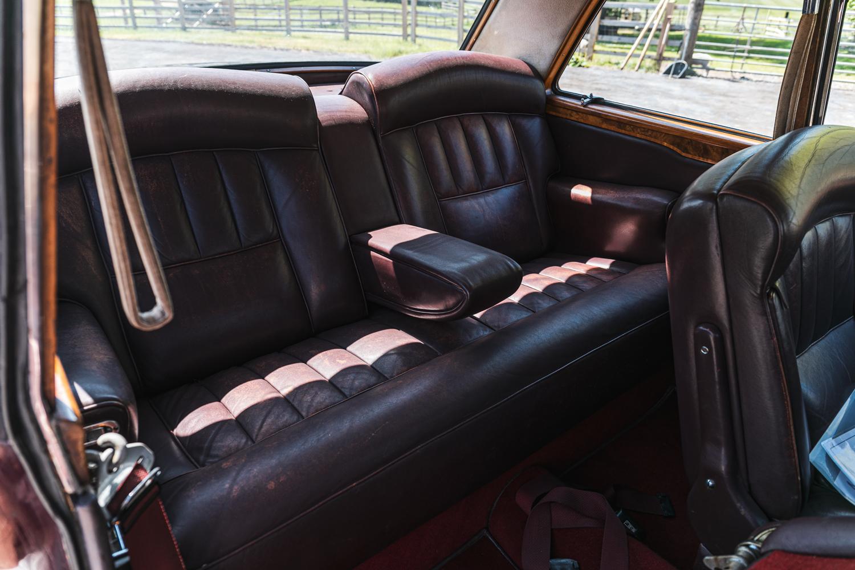 Lot 105 - 1971 Rolls-Royce Corniche