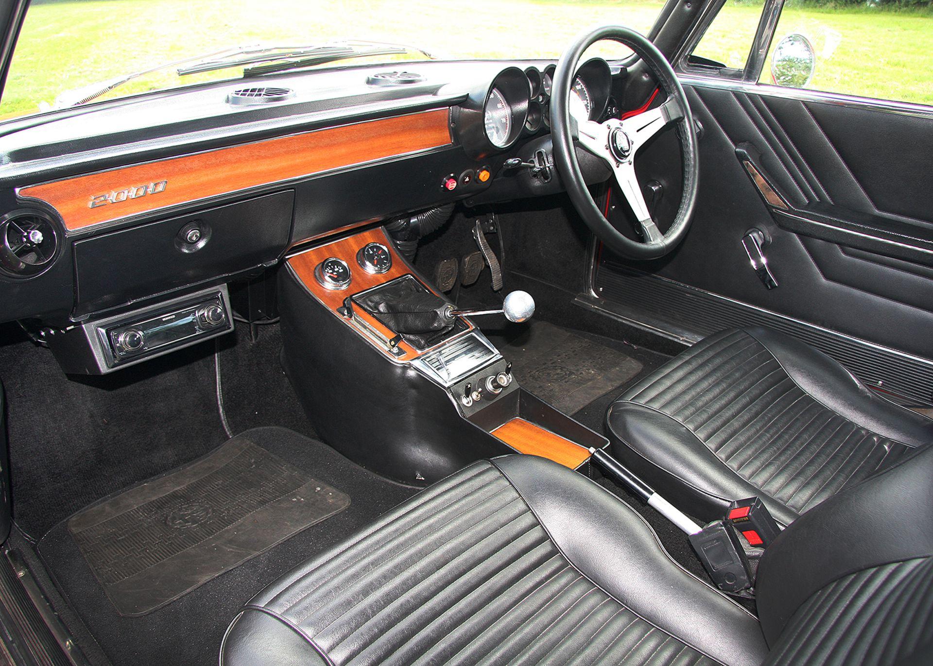 Lot 170 - 1974 Alfa Romeo 2000 GTV
