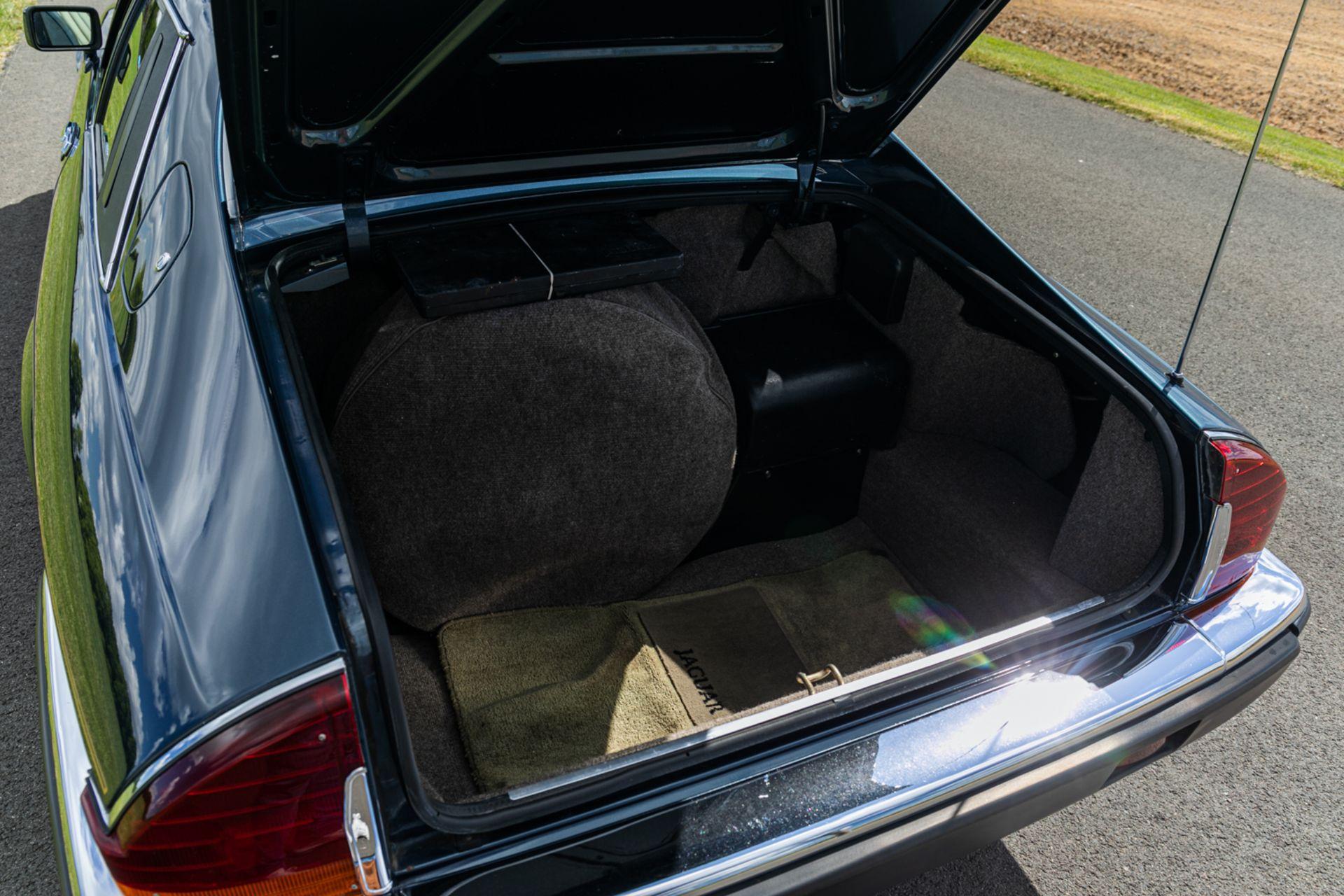 Lot 189 - 1991 Jaguar XJS V12 LeMans