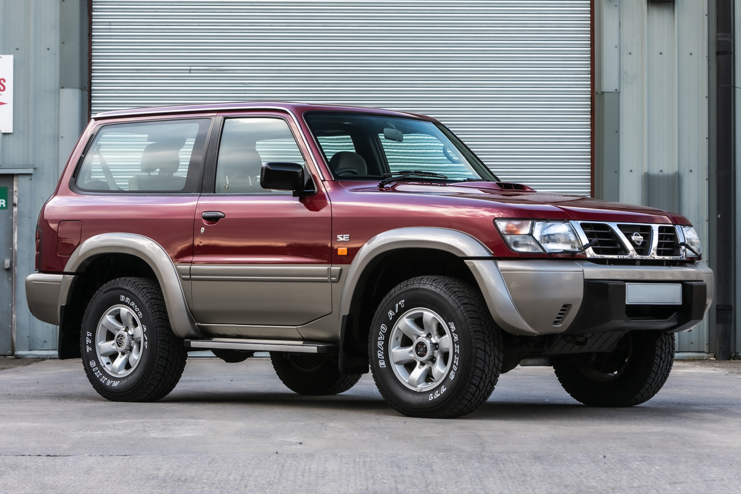 Lot 129 - 1998 Nissan Patrol GR TD-6 SE SWB Manual