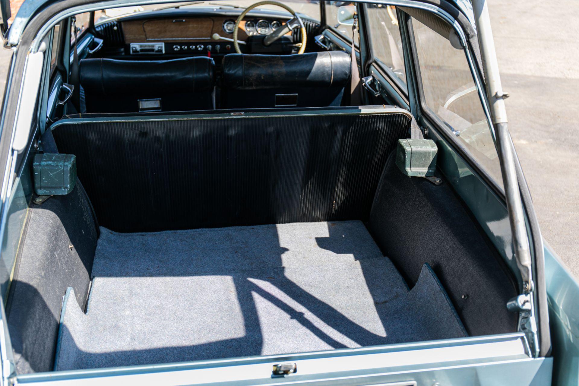 Lot 103 - 1964 Citroen ID19 Safari