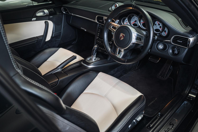 2010 Porsche 911 (997.2) Turbo S - Image 5 of 5