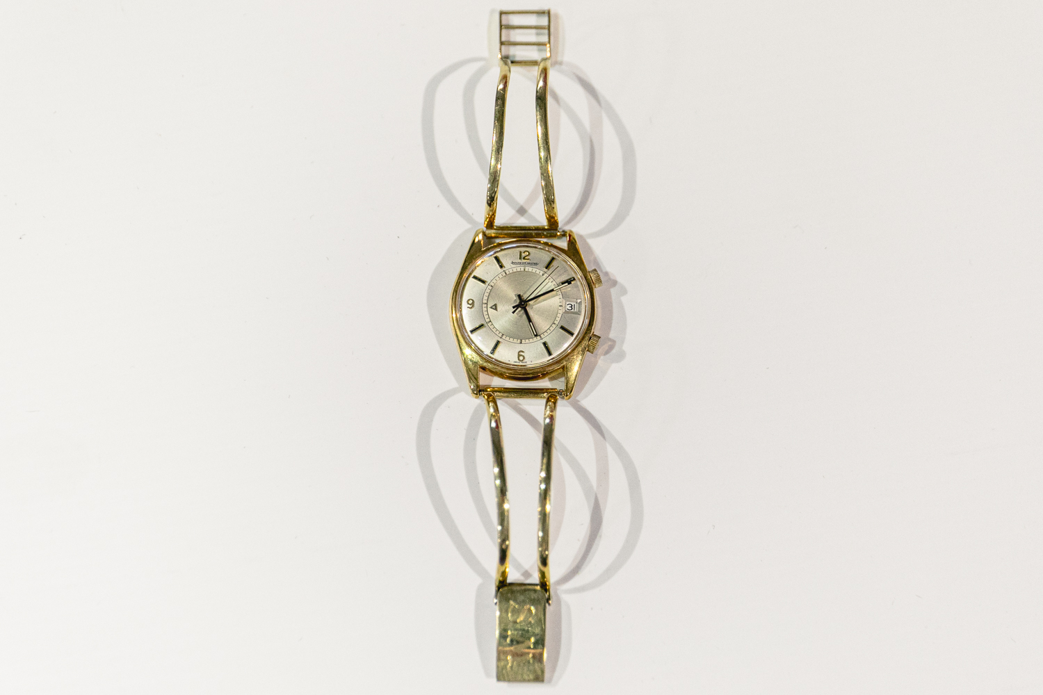The solid gold twin bar watch band worn by Stirling Moss for 38 years!