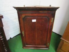 18th Century oak corner wall mounted cupboard.