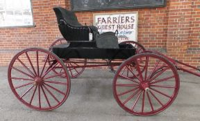AMERICAN DOCTOR'S BUGGY circa 1900, to suit 14 to 14.2hh. Lot 15 can be viewed at the Reading Aucti