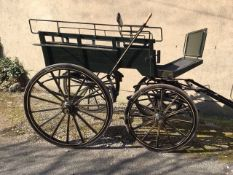 DOG CART built by Harewood Carriage Co., to suit 14.2 to 16hh. On 12/14-spoke wheels with elliptic