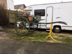 WHITECHAPEL/LONDON DEALER'S CART built by Morgan of London, to suit 15 to 16hh. On 56ins/ 16-spoke