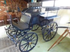 WAGONETTE built by Kuhnle of Germany circa 2000 to suit 14.2 to 15.2hh pair. Lot 12 is located near