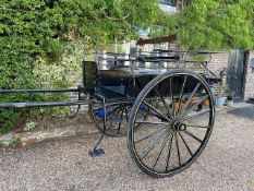 NORFOLK CART circa 1900, to suit 14.2 to 15hh. Lot 7 is located near Horsham, Surrey